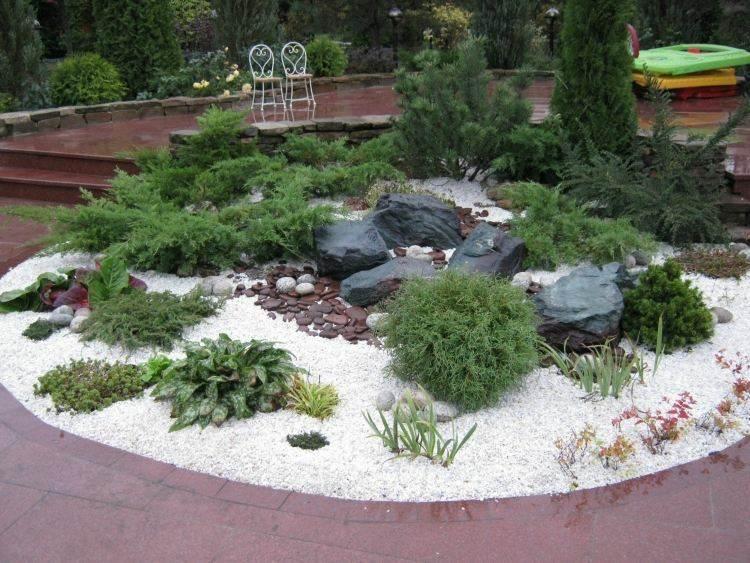 Grava y plantas para jard n 37 ideas paisaj sticas for Como evitar que salga hierba en el jardin