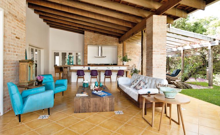 Porches jardin y terrazas cubiertas 50 dise os excepcionales - Farolas de jardin modernas ...