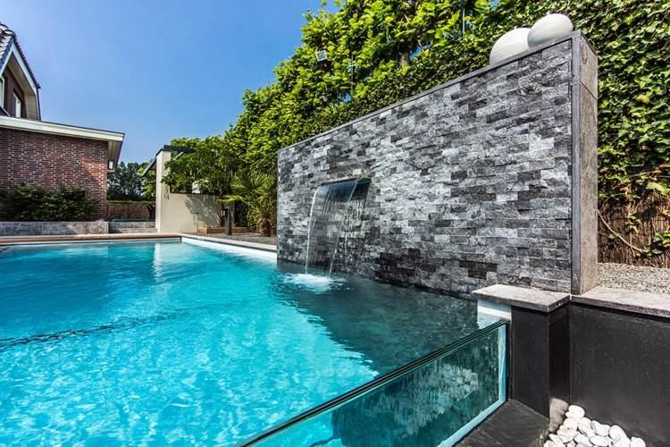 Piscinas de fibra de vidrio los 25 dise os m s modernos - Diseno de piscinas naturales ...
