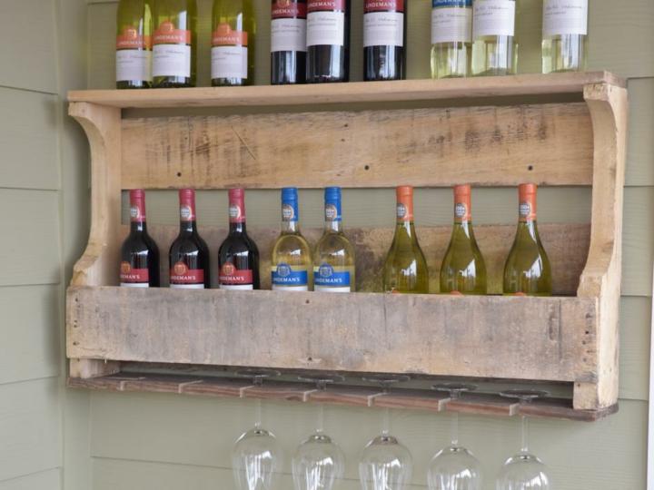 palet creatividad botellas impares estantes