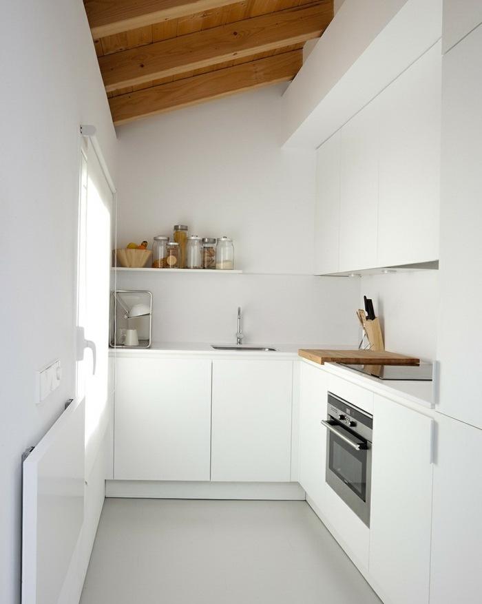 paredes cocinas totalmente blanca cuchillos