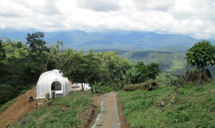 paredesa destinos ubicaciones montañas azules