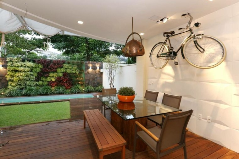 porche jardin comedor cubierto bici