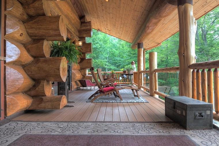 Porches jard n y muebles preciosos para la entrada for Barandillas de madera para jardin