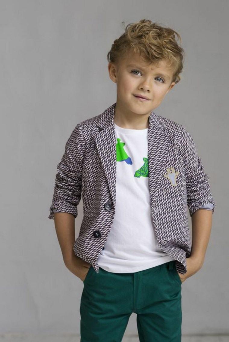ropa-infantil tendencias 2016 chicos pantalon verde camisa blanca ideas
