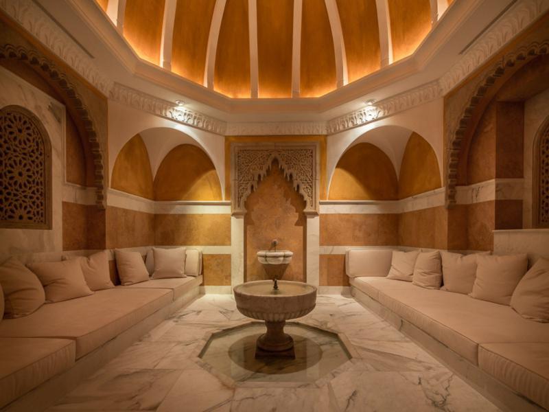 salón fuente centro estilo árabe