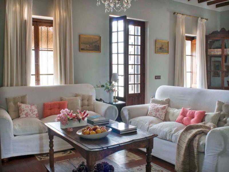sala estar estilo deco andaluz