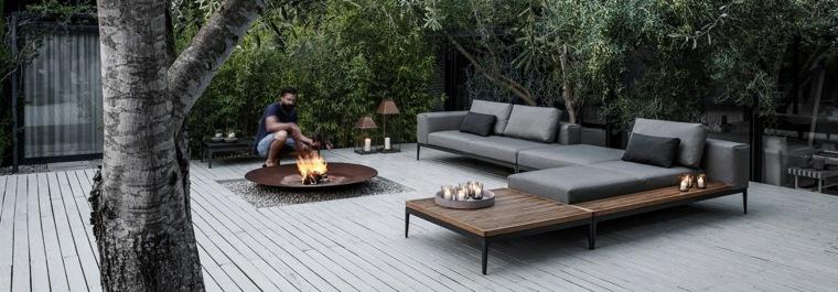 sofa exterior moderna para espacios amplios ideas