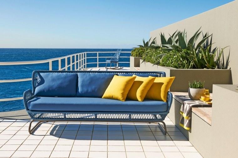 sofa moderna color azul pequena ideas