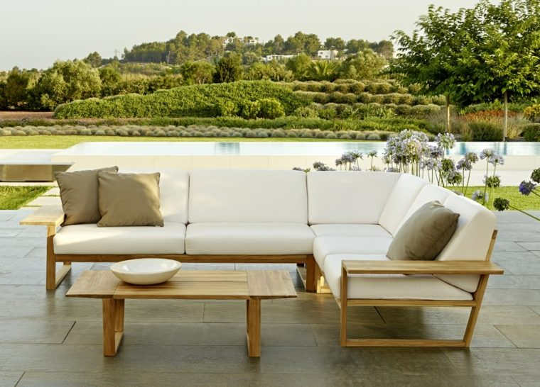 Sofas jardin los 50 mejores modelos de esta temporada for Sofa terraza madera