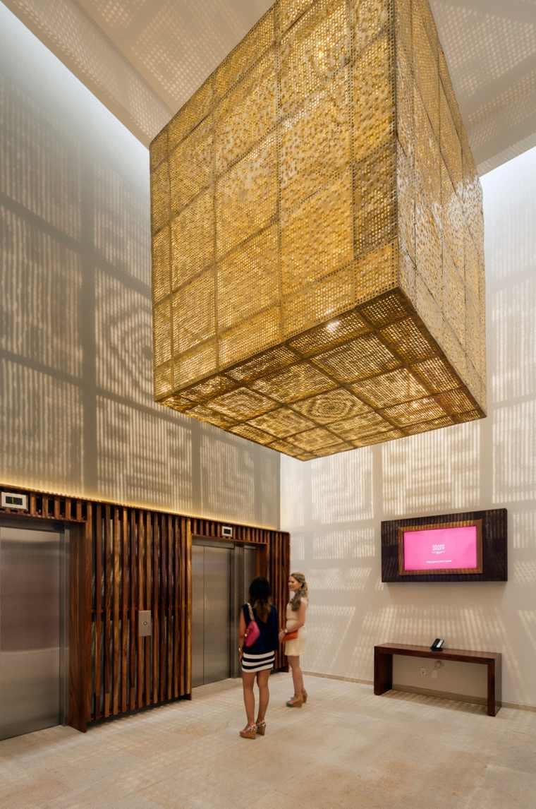 soluciones detalles parejas dorados salas