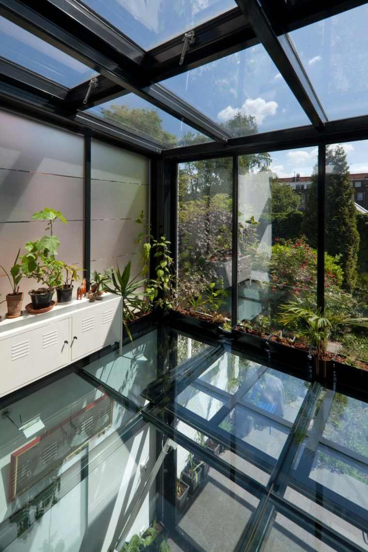 suelo techo cristal casa luminosa ideas
