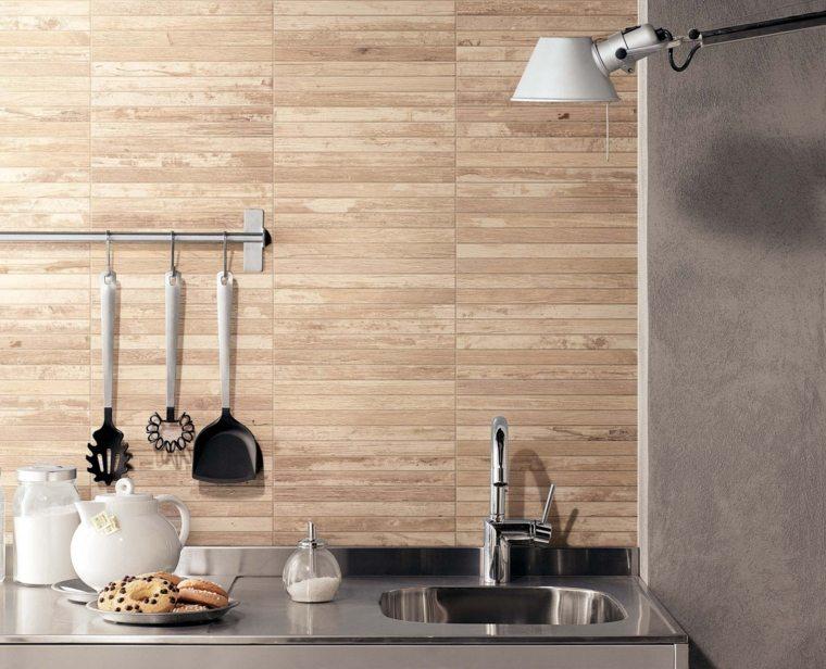 Suelos porcelanicos o cer micos que imitan madera for Azulejos ceramicos para cocina