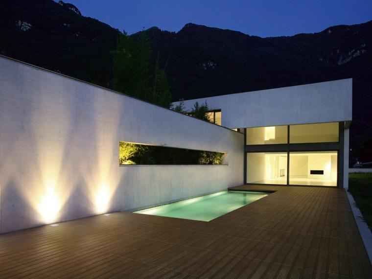 suelos porcelanicos ceramicos imitando madera piscina jardin ideas