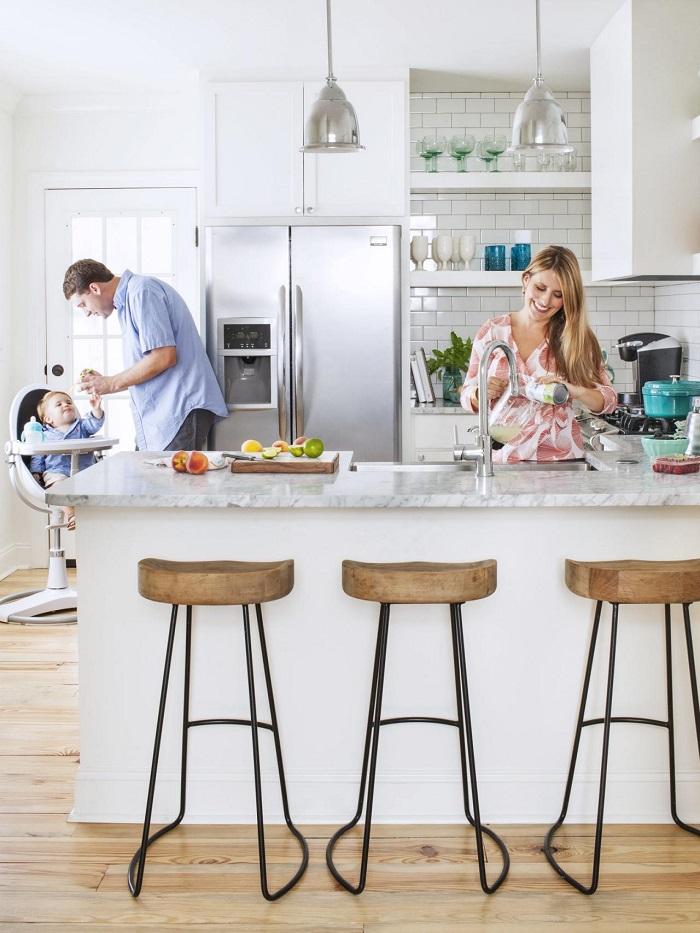 cocinas blancas pequeñas sillones puentes elementos