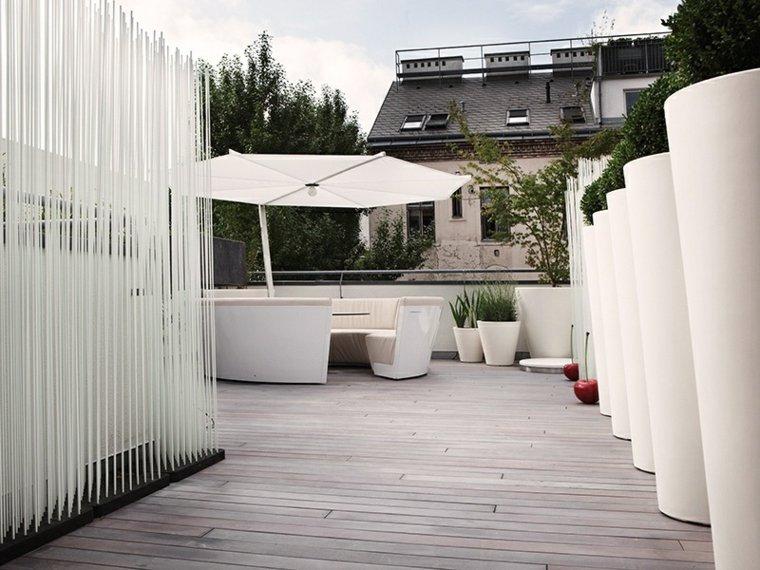 terraza macetas blancas sofa diseno moderno ideas