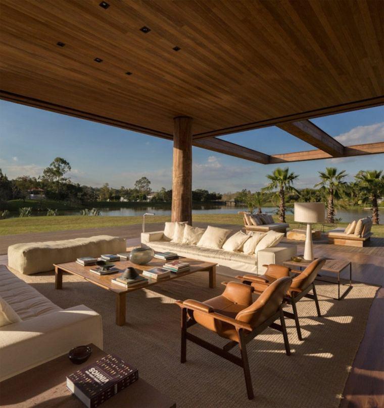 terraza lujosa porche cubierto tejado