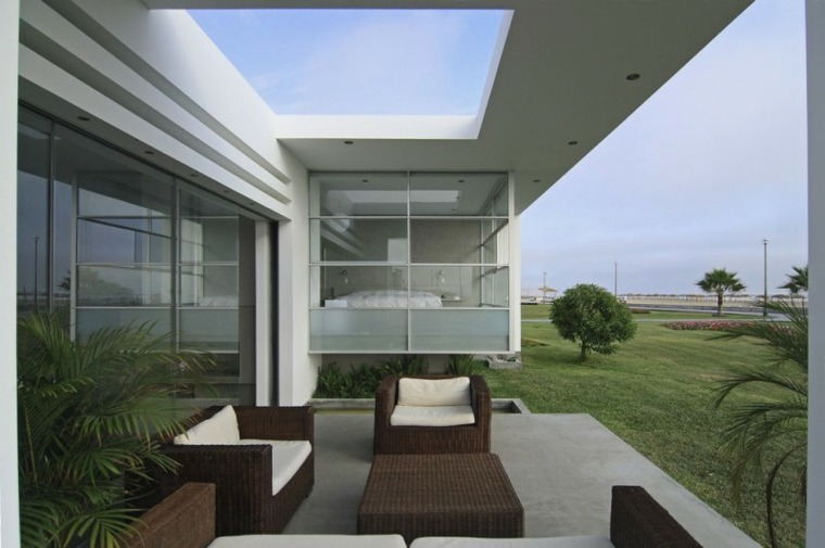 Porches jardin y terrazas cubiertas 50 dise os for Disenos de terrazas de casas pequenas