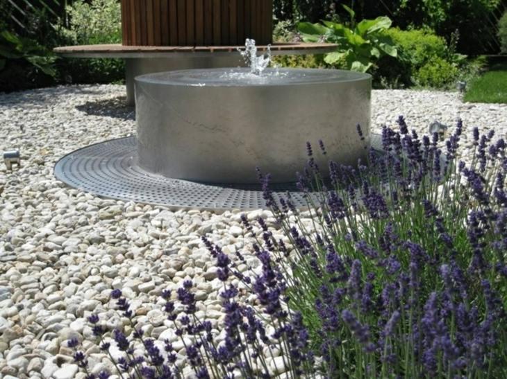 Acero inoxidable y otros metales en la decoraci n de - Fuentes solares para jardin ...