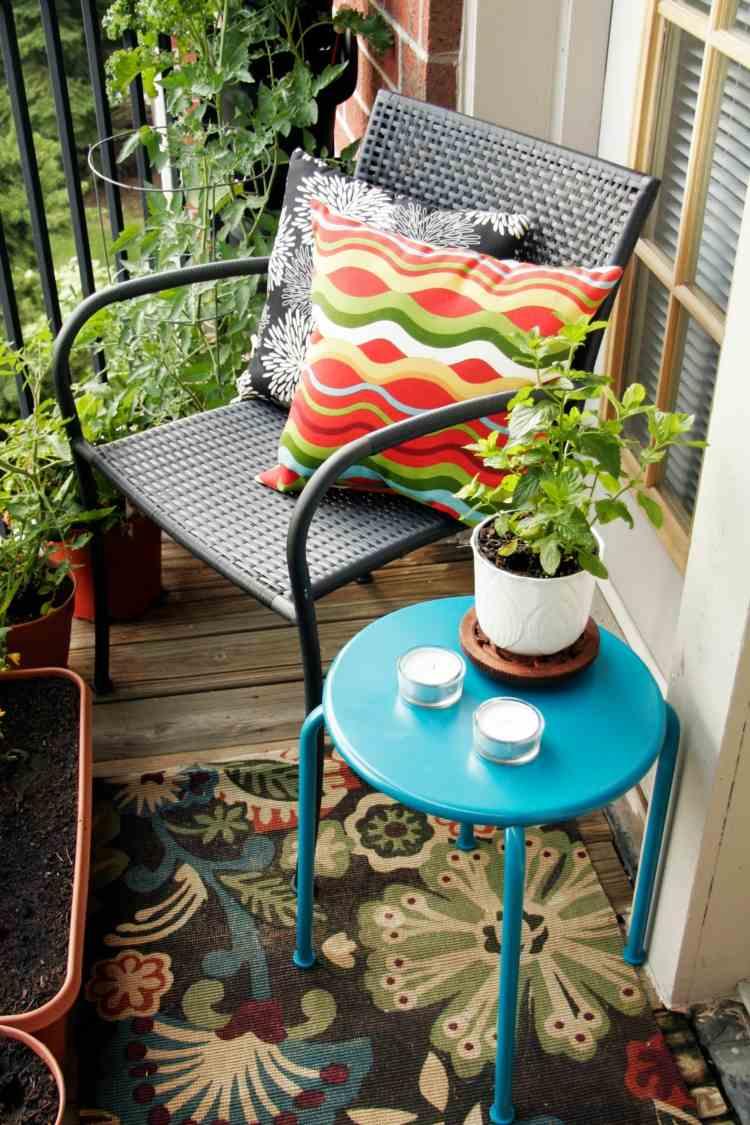 alfombra silla mesa pequena azul ideas