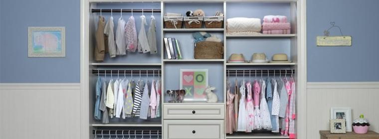 armarios infantiles bien ordenados