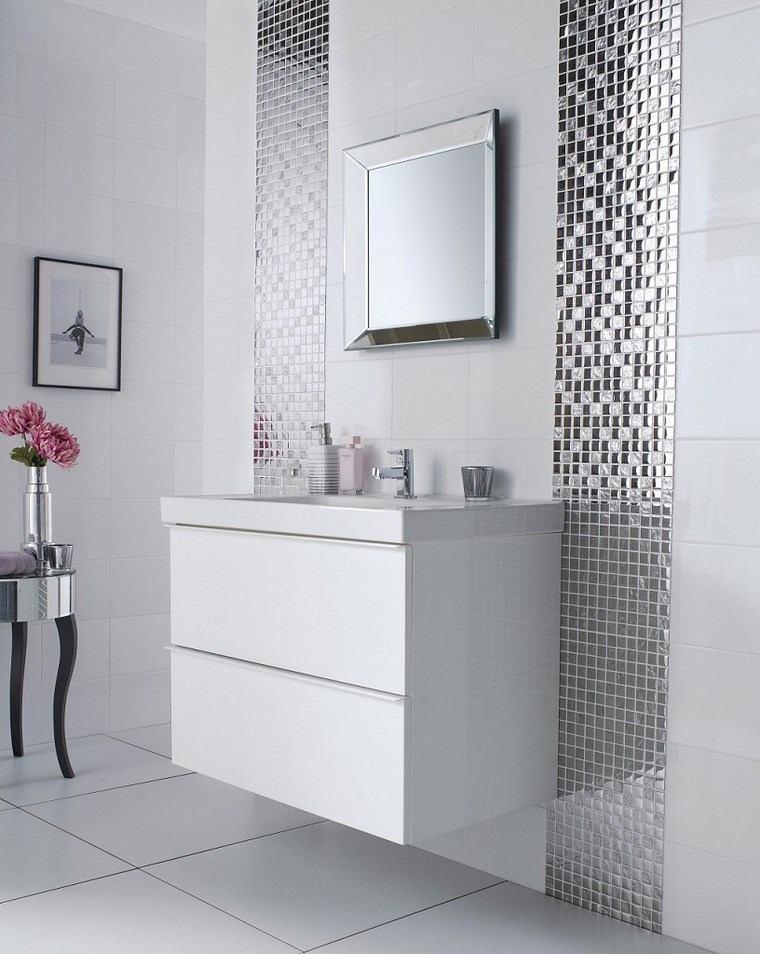 Baños Gris Con Blanco:Mosaicos 115 diseños de baños atractivos y coloridos -