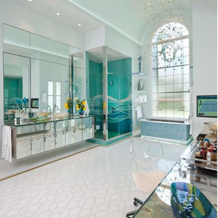 Mosaicos 115 dise os de ba os atractivos y coloridos for Diseno de bano amplio