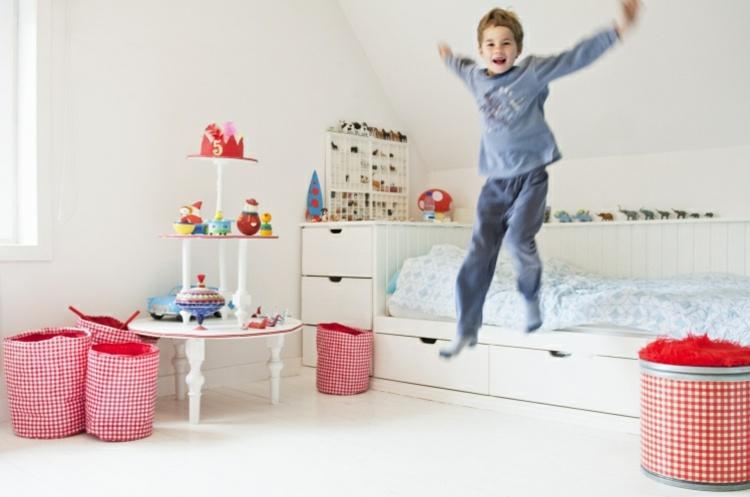 diseño habitación infantil blanca
