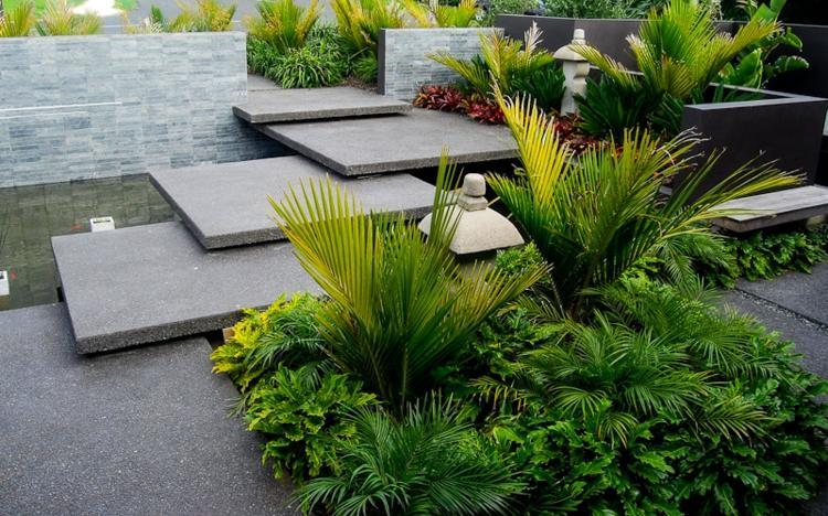 bonito jardin plataformas escaleras cemento