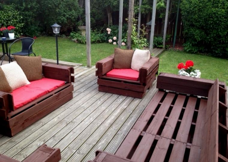 bonitos muebles color marron