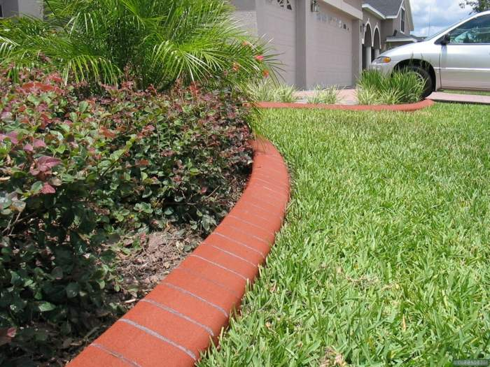 Bordillos para jardin definiendo espacios coloridos y for Arboles decorativos para jardin