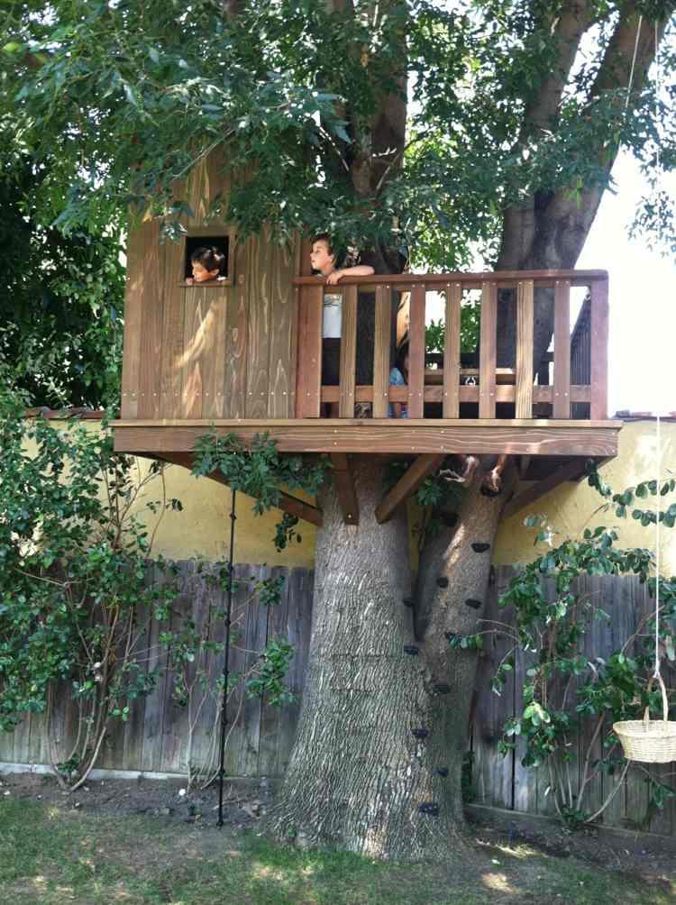 cabaña árbol plataform madera