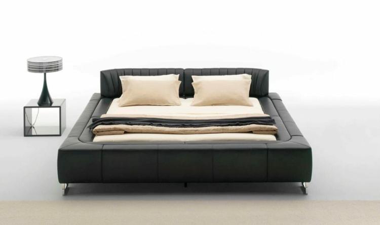 cama acolchada color negro