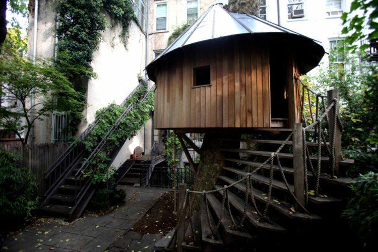 Casas en los arboles espacios para una diversi n - Casas de madera redondas ...
