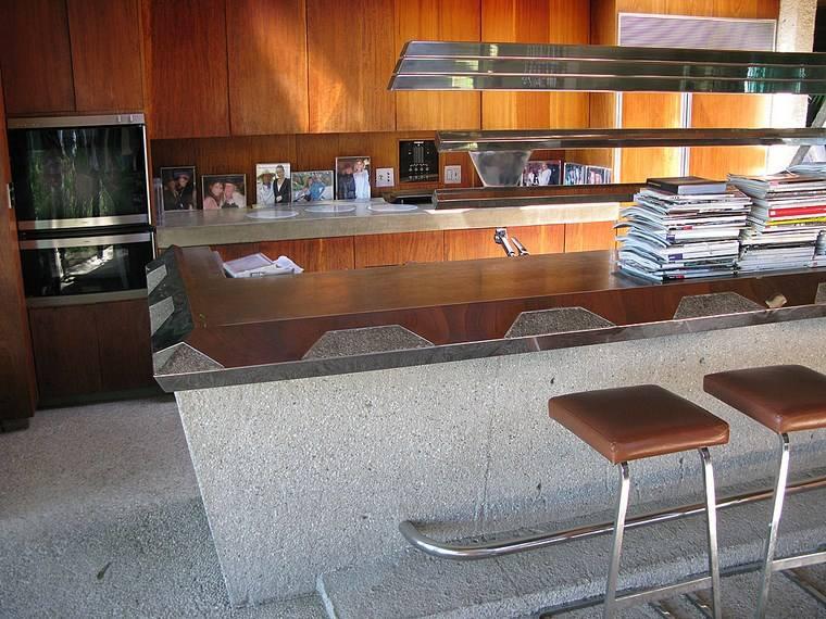 casa cocina barra taburetes altos muebles madera ideas