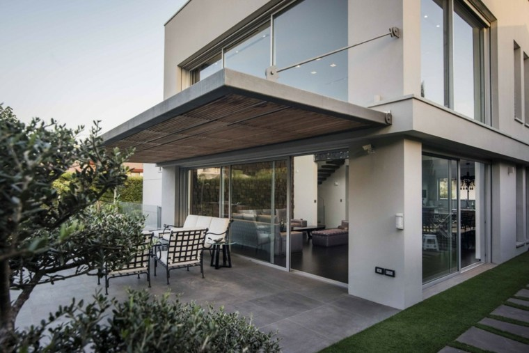 Muebles El Paraiso Moderno En La Terraza O El Balcón