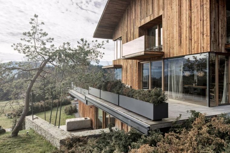 casa diseno terrazas opciones macetas acero negro ideas