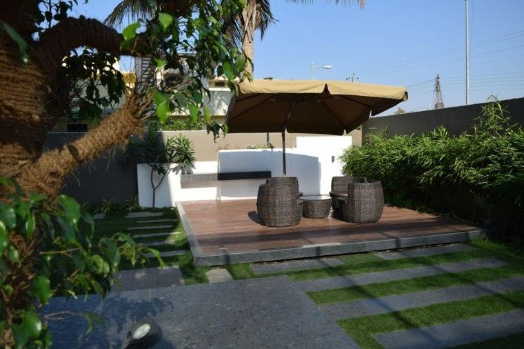casa diseno terrazas sombrilla muebles rattan ideas