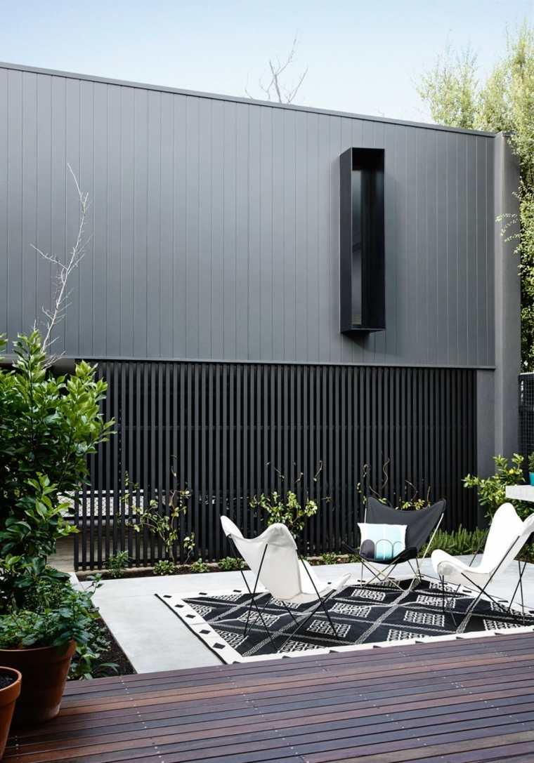 casa diseno terrazas suelo madera sillones tela blanca ideas