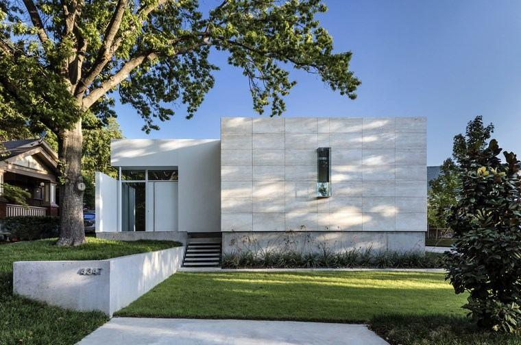 Casas Pequeñas Una Casa De Diseño Con Piscina En La Terraza