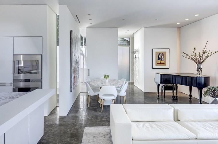 casa pequena muebles blancos piano ideas