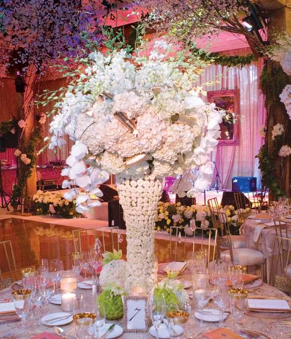 centros de mesa para bodas flores blancas ideas