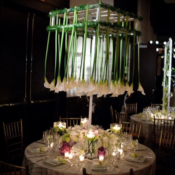 centros mesa bodas flores blancas al reves ideas