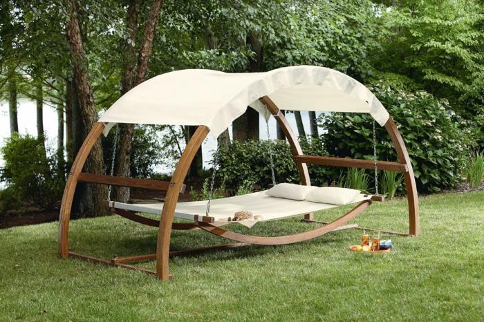 Columpios de jardin, consejos para la selección de este mueble.
