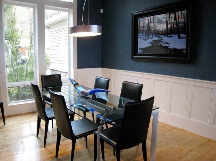 comedor elegante pared azul
