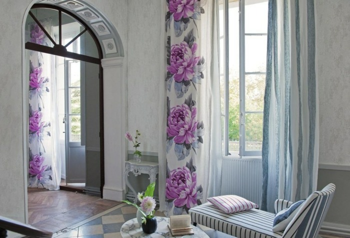 La primavera en casa 50 interiores con dise os frescos for Diseno cortinas salon