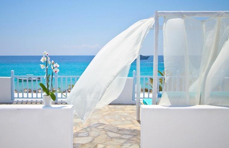 costa mediterranea terraza grecia cama dosel blanca ideas