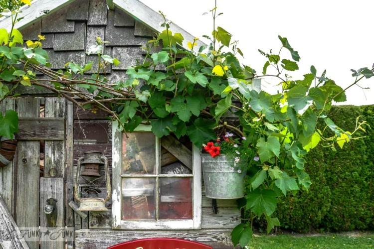 decorar jardines elementos rusticos