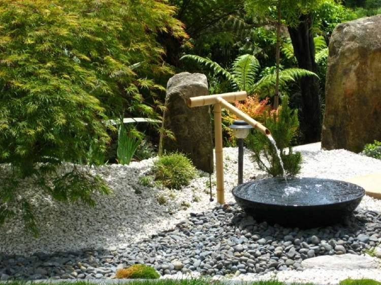 decoracion de jardines diseno asiatico bambu fuente agua ideas