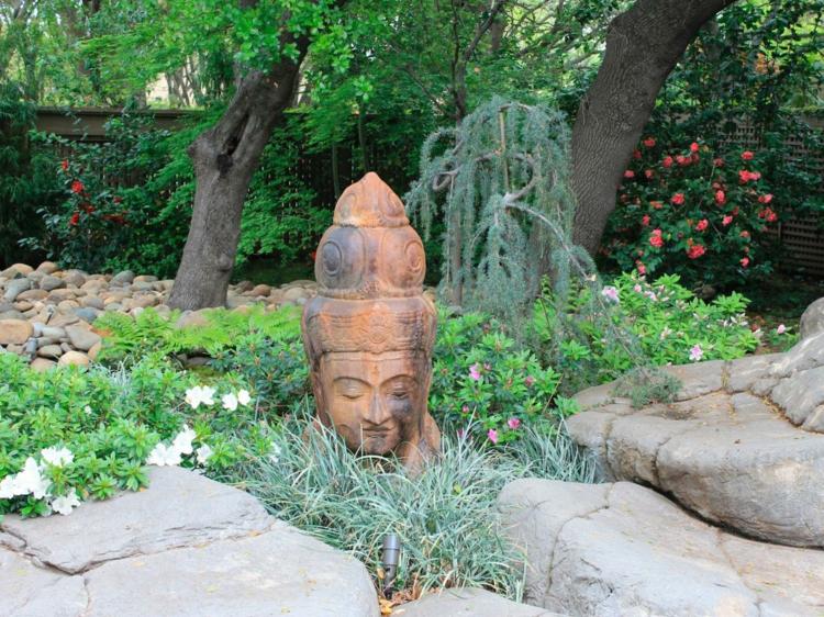 decoracion de jardines diseno asiatico piedras plantas buda ideas